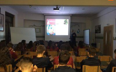 Los alumnos de 4º de la ESO conocen la ciencia de los cuentos